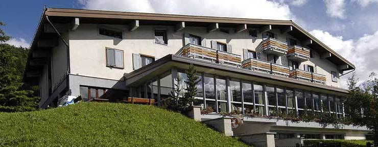 HotelPare76131