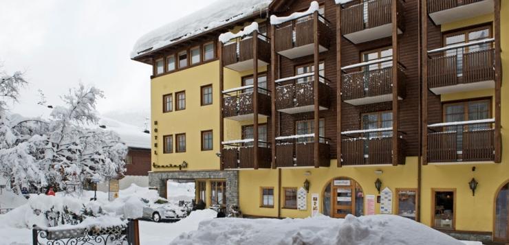 Italia , Lombardia , Provincia So , Valtellina , Livigno , Hotel Touring