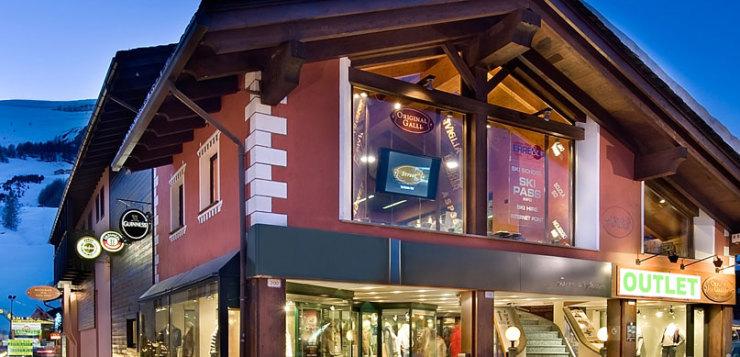 sportwear store ski planet