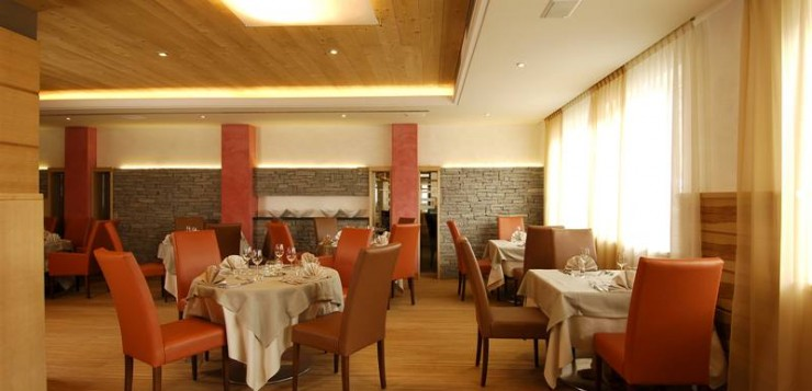 LacSalin-Main_Restaurant_n